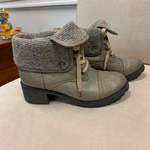 Roxy Fold Over Boots sz 7.5